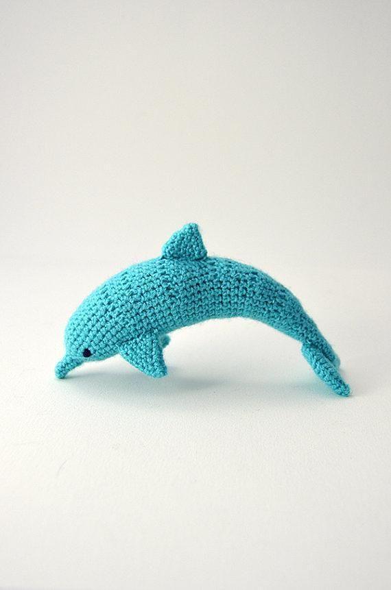 Dolphin - Realistic Animal Crochet - Surfing - Ocean - Hawaii Theme - CROCHET PATTERN No.59
