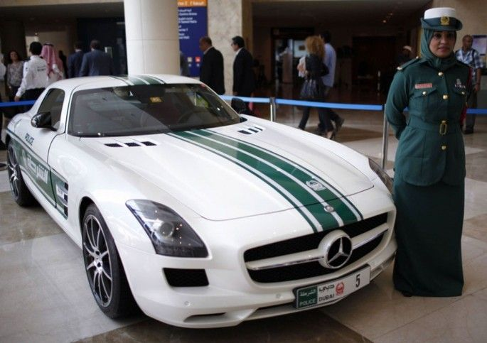 10 Of The Best Police Cars Dubai Has To Offer | Humor Stack | Page 8