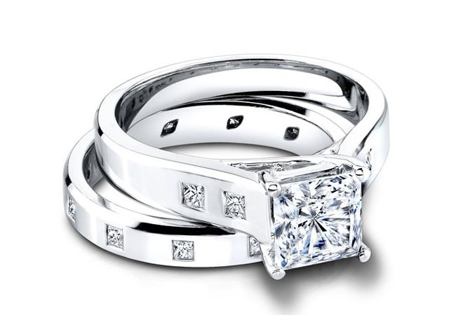 Princess cut bezel engagement ring//Courtesy of Jeff Cooper