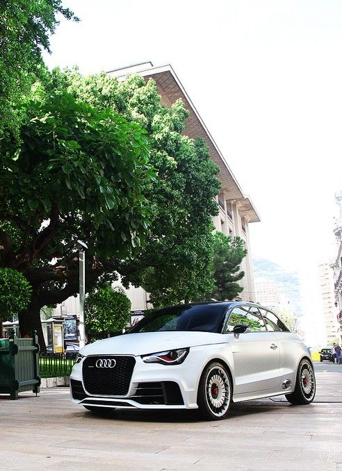 I wish it was available in Canada 'cause I would buy it - Audi A1