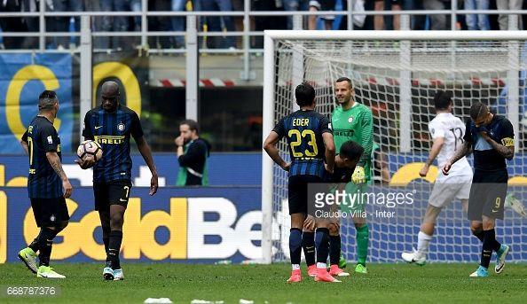 Gary Medel en el Intrer Milan 2 - Milan 2