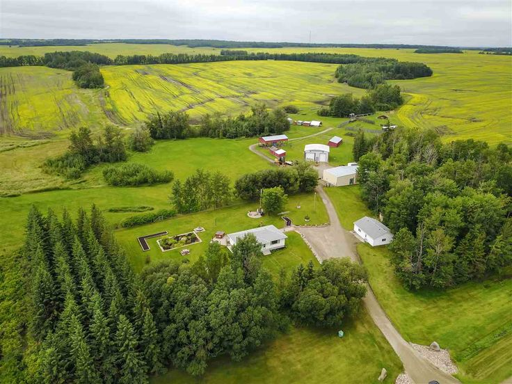 3 bed, 1.5 bath Bungalow in None area of Rural Yellowhead County! Call/Text Roger Hawryluk at 780-264-8580  for details.