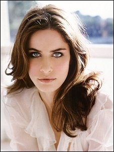 Amanda Peet -- one of the prettiest actresses for sure
