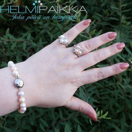 Valkoisia makeanveden helmiä