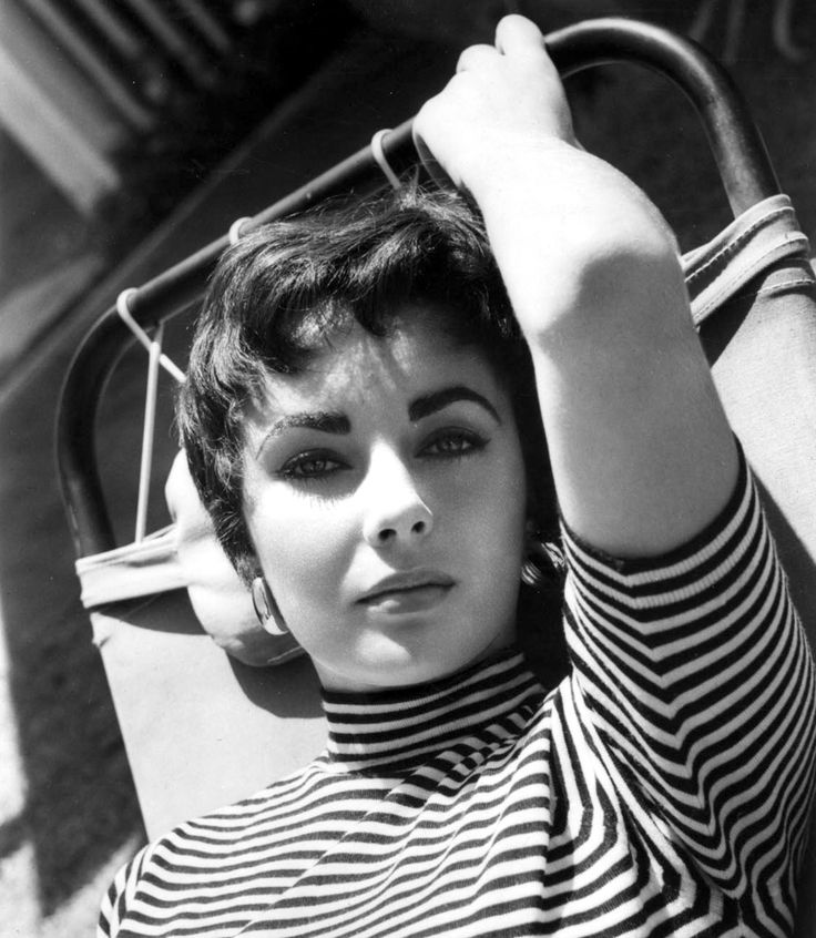 Elizabeth Taylor.  A Femme d'Un Certain Age: The Zebra & Le Marinière Question
