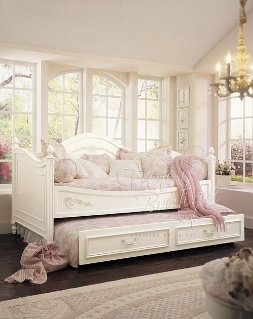 Best 20 Daybed Bedding Ideas On Pinterest Spare Bedroom Ideas Farmhouse Bedrooms And Spare Room Office