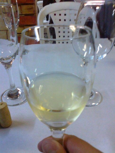 Un buen vino Barefoot para acompañar comidas con toques citricos o ácidos.