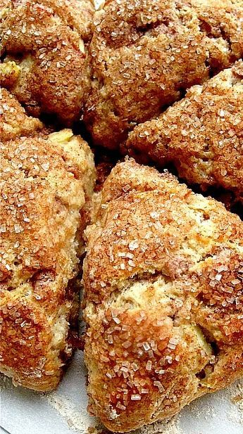 Fresh Apple Cinnamon Scones ❊