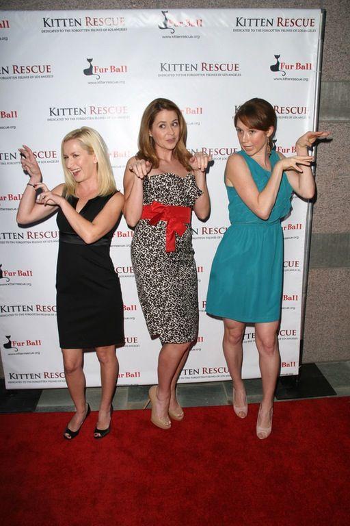 Angela Kinsey, Jenna Fischer, Ellie Kemper : gentlemanboners