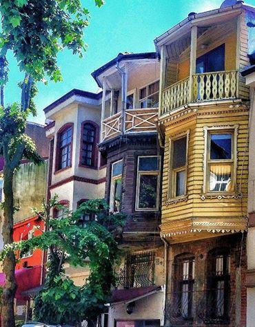 üsküdar 'ın tarihi ahşap evleri...