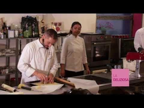 """Neapolitan pastries. Antonino Maresca from Ischia (""""Il Mosaico"""" 2 stelle Michelin).  Just in Mind/Cibo per la Mente. Rome www.mindnotizie.it"""