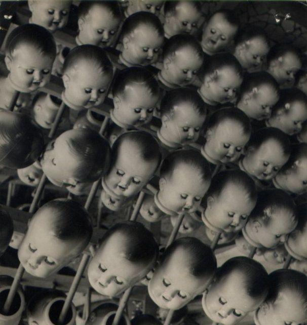 creepyCoaches Handbags, Baby Head, Dolls Head, Toddlers Photography, Photography Tips, Baby Dolls, Creepy Dolls, Spooky Halloween, Creepy Random