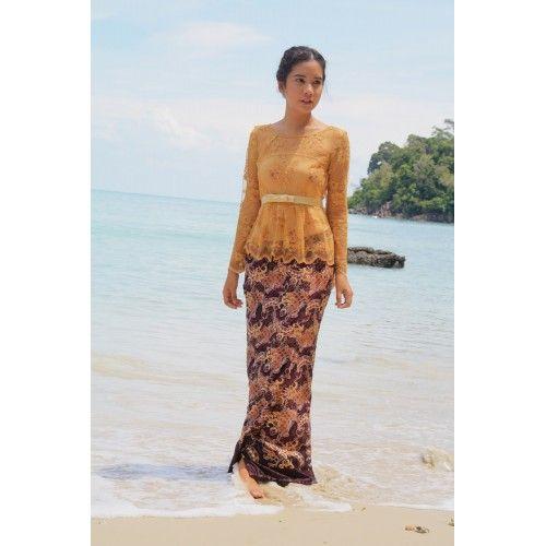 Beautiful laced kebaya top with stylish batik silk bottom.  #kebayamoden #bajuraya2015 #raya2015 #bajuraya