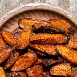 Roasted carrots with paprika, chilli, garlic and cinnamon