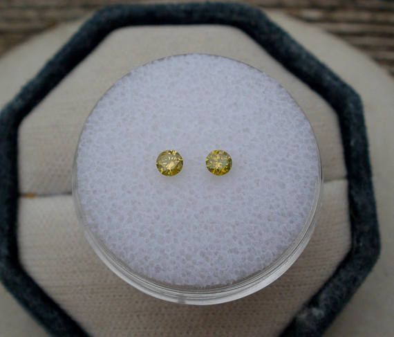 Yellow Natural Diamond Loose Faceted Round Pair 2.8mm