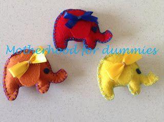 Motherhood for dummies: Ελεφαντάκια απο τσόχα! felt elephants