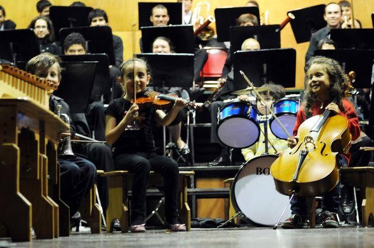 Concierto Orquesta Sinfonica Juvenil; mayores y niños