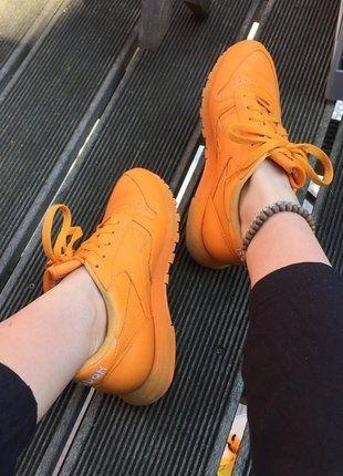 Kaufe meinen Artikel bei #Kleiderkreisel http://www.kleiderkreisel.de/damenschuhe/turnschuhe/147593625-reebok-classics-orange-aprikot-leather