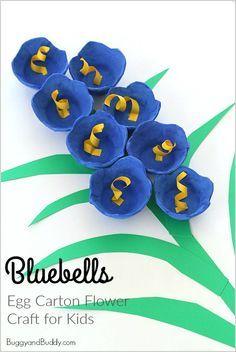 Bluebells Egg Carton Flower Craft for Kids // Manualidad floral con cajas de huevos