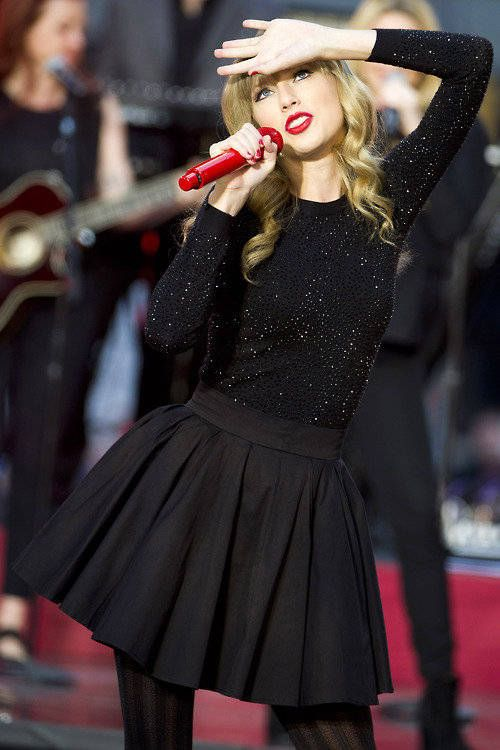 """Check out """"Taylor Swift """" Decalz @Lockerz - Not a fan of her, but I LOVE that outfit."""