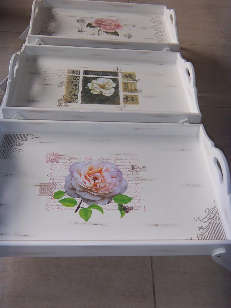 bandejas  de cama diseños personalizados para todas las edades en Feliz dia regalos