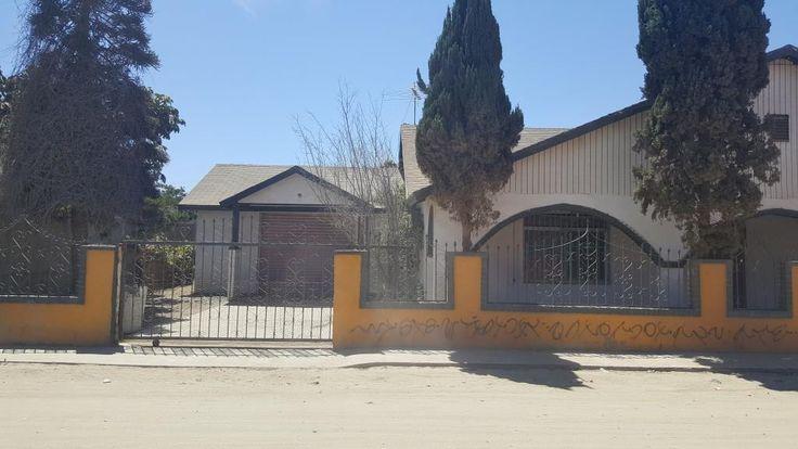 CASA EN RENTA 2R, 1R con garaje - Vicente Guerrero BC $4,000 Pesos http://www.sanquintinm2.com/property/EB-AN6084-casa-en-mexico-ensenada-vicente-guerrero?utm_content=buffer4bbba&utm_medium=social&utm_source=pinterest.com&utm_campaign=buffer