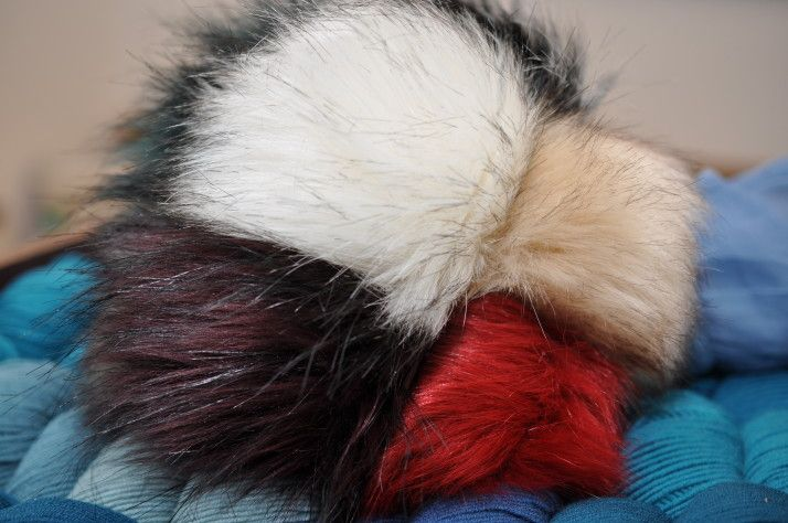 Fellbommel [Fake Fur]
