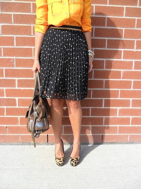 polka dots and animal print: Lifestyle Bloggers, Polka Dots, Skirts, Search, Animal Prints, Orange You Glad Blouses, Bloggers Krystin, Michael Kors Bracelet