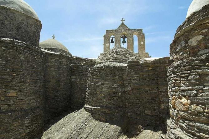 The monastery of Panagia Drosiani & other things to do in Naxos Greece