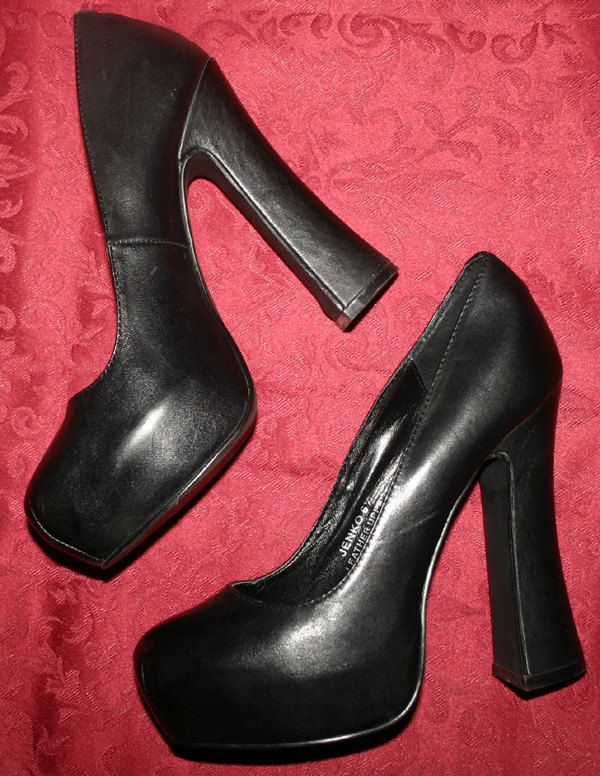 best 25 6 inch heels ideas on pinterest 7 inch heels 6 inch lyrics and beyonce lyrics lemonade. Black Bedroom Furniture Sets. Home Design Ideas
