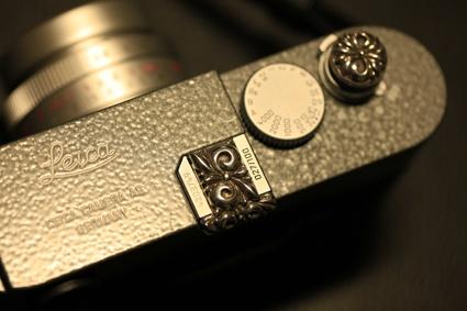 JAY TSUJIMURA TOKYO - Leica jewelry  Leica M9 Hammertone with Premium Floral   www.shopjay.com  www.facebook.com/JAYTSUJIMURATOKYO