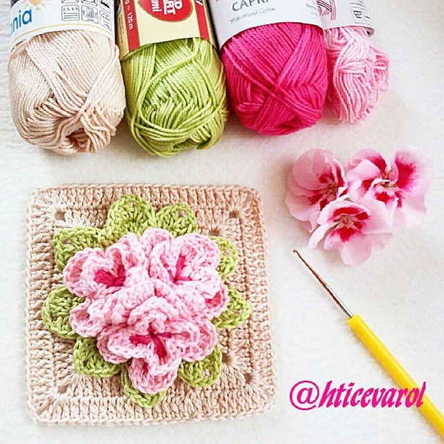 Güzel bir hafta ya merhaba ig. #handmade #crocheting #crochethats #instagram #vintagestyle #instamood #instalike #crochetingisfun #kirlent #häkeln #haken #häkelnmachtglücklich #häkeln #handmade #crochet #crochetlove #crochetdoll #crocheted #crochetlover #crochetedwithlove #crocheting