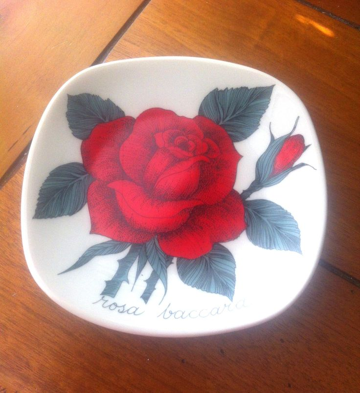 Rosa Baccara Vintage Arabia Finland Decorative Wall Plate Design Esteri Tomula by Pesserae on Etsy