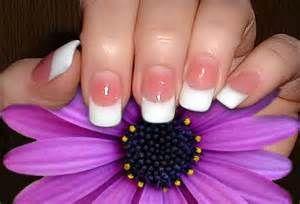 french+manicure-saidaonline