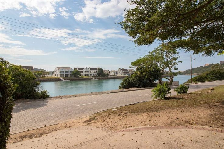 West Bank, 38 Beach Road   Harcourts Port Alfred   Harcourts #RiversideLiving #Harcourts #PortAlfred #PickMe