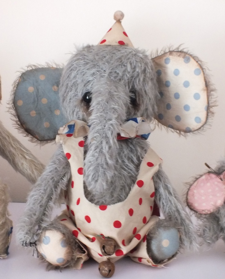 """""""Jai"""" by Ragtail 'N' Tickle ...I want a stuffed elephant just like this one!"""