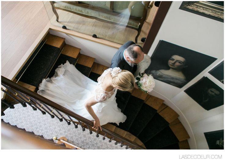 Photo mariage Chateau de Santenay France ©www.lasdecoeur.com - Photo + Cinéma #love #wedding #weddingphotographer #photodecouple #photgraphemariage #lasdecoeurphoto #lovephotography #weddingprep #preparatifmariage #weddingphotography #chateaudeSantenay #Bourgogne #Burgundy