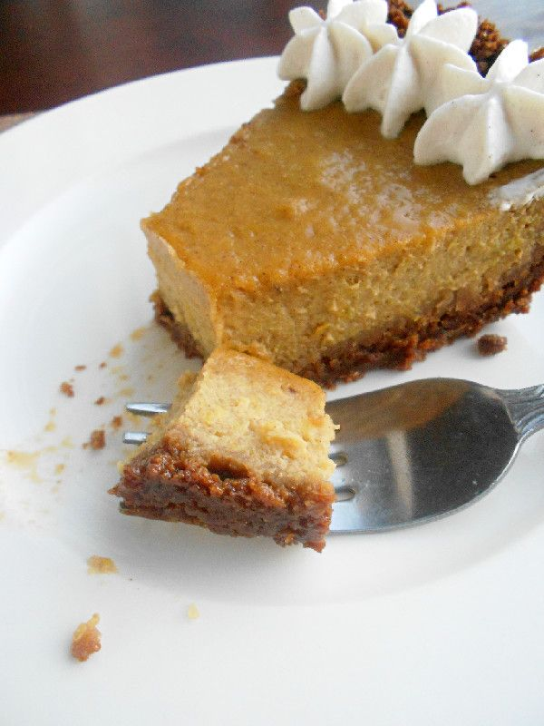 Pumpkin Pie with Spiced Whipped Cream | Recipes-desserts | Pinterest