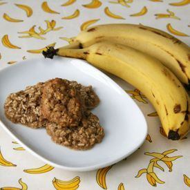 Homemade Baby Food: Banana Oatmeal Cookies for 9-12 Months, from NurtureBaby.com