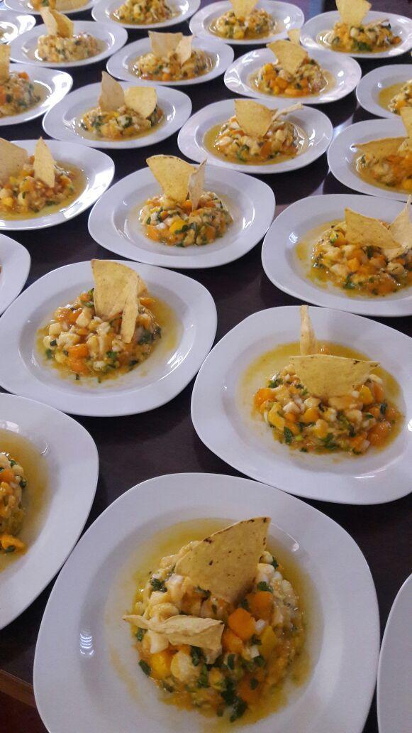 Alternativas de alimentos para eventos. Cada imagen te llevara a descubrir los menus disponibles Banquete en tiempos Buffete Mexicano Buffete Mexicano