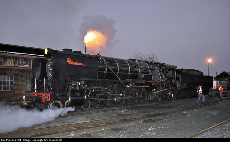 RailPictures.Net Photo: SAR No. 3046 Reefsteamers Association SAR Class 15F at Johannesburg, South Africa by SAR Connecta