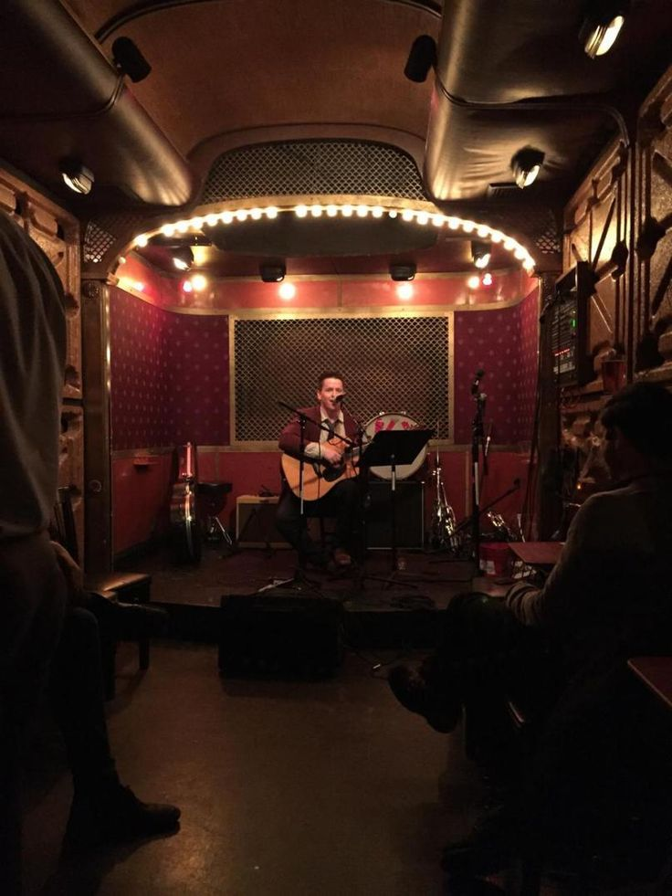Pete's candy store... one of the best live music bars. Discover them all!