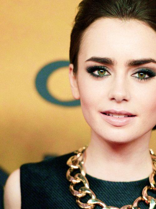 Laura Makeup and Hair Inspiration                                                                                                                                                                                 Mais