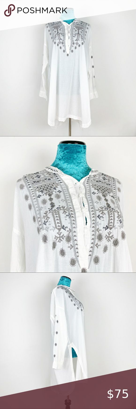 Best Johnny Was Biya White Gray Embroidered Tunic Top In 2020 400 x 300