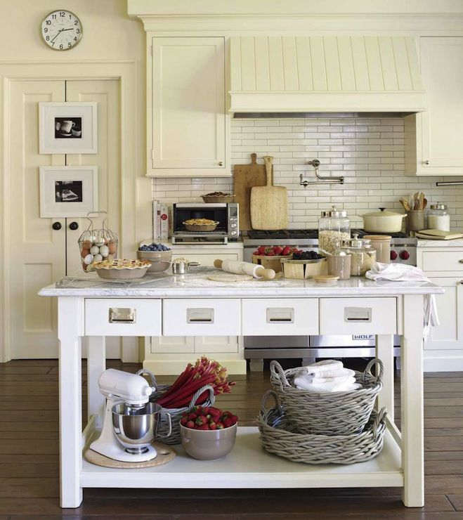 77 best kitchens images on pinterest home ideas kitchen for Cream kitchen base units