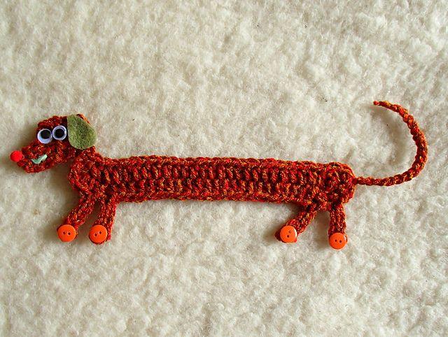 Crocheted Dachshund Bookmark: free pattern