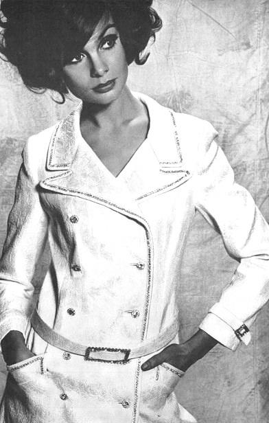 Vogue UK, April 1965.  Jean Shrimpton by David Bailey.