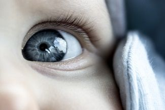 Research coming in from Fernandes Figueira-Fundação Oswaldo Cruz finds that when it comes to diagnosing Zika virus infection in newborns, the eyes may have it.