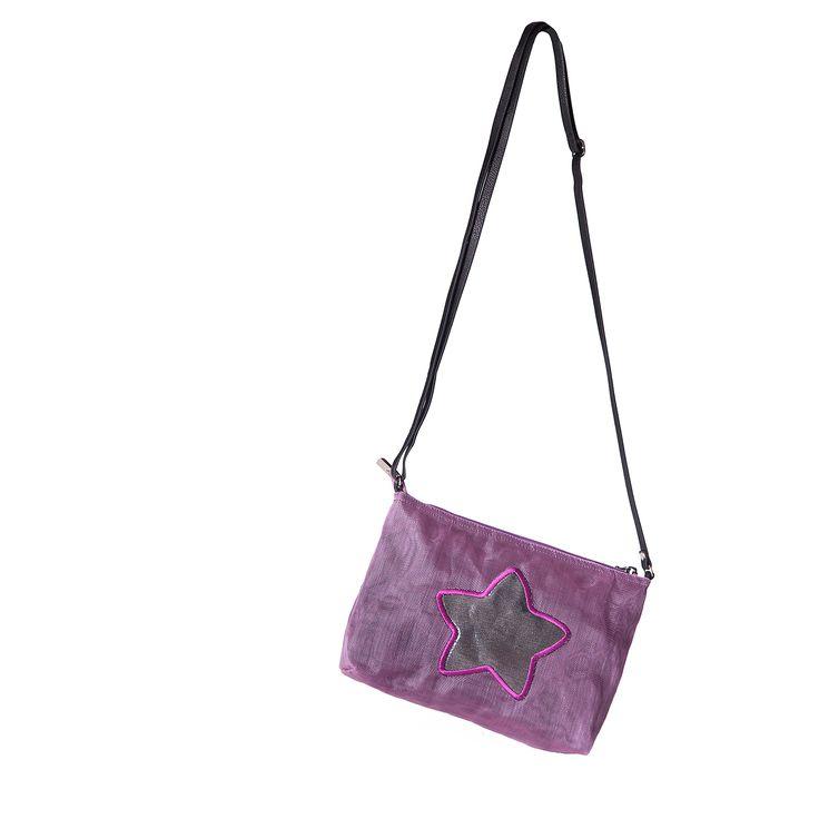 Practical, functionaland stylish ethical crossbody bag with shiny detail!