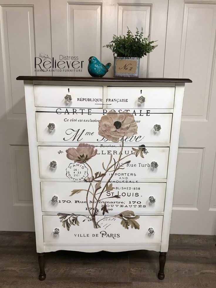 Before And After Decoupaged Dresser Furniture Makeover Kommode Mobel Shabby Mobel Mobel Restaurieren
